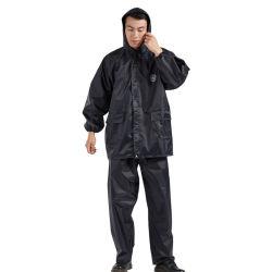 폴리에스테르 태피터 PVC 100% 방수 코팅으로 성인용 안전 반사 Raincoat 분할 정장