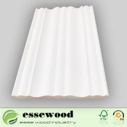 Las molduras redondas de madera de pino para suelo/techo