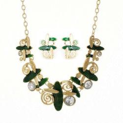 Alimentation d'usine de bijoux diamant vert fixe à la main à la mode fête de mariage de bijoux de fantaisie