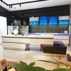 Un estilo moderno lacado alto brillo blanco cocina gabinete cerrado suave deslizamiento