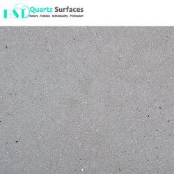 Acabado pulido la piedra de cuarzo artificial con el hormigón y superficies rugosas