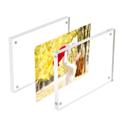 製造業者のカスタムサイズのゆとりのアクリル磁気写真フレームの耐久財