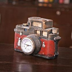 Decorazione della stanza di studio della decorazione della barra dell'orologio di figura della macchina fotografica della resina di rivestimento antico