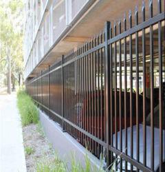 卸売によって電流を通される管状の鋼鉄塀または錬鉄の塀または庭の塀か金属の塀
