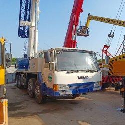 使用された日本作られた35トンのTadano TL350eのトラッククレーン
