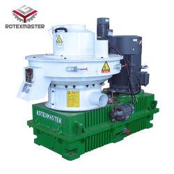 180L de aceite de lubricación automática Agregar en la caja de transmisión vertical girando el anillo de madera Die peletizadora