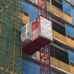 Una buena calidad de construcción de la jaula doble Second-Hand utiliza material de los pasajeros la grúa grúa torre Clsj