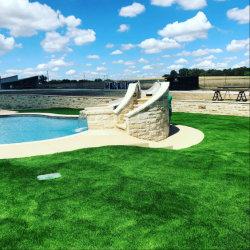 Sensibilità morbida naturale del tappeto erboso sintetico per la piscina
