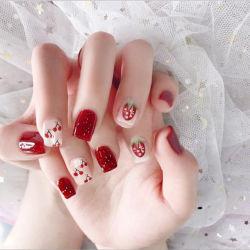 높은 Quality Festive Supply Wholesale Fashion 및 Finished Nail Art의 Elegant Red Gold Powder 24 Pieces