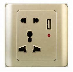 Zoccolo della Multi-Porta dello zoccolo del USB che carica lo zoccolo multifunzionale della famiglia
