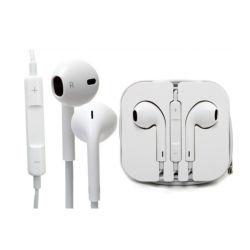 Les oreillettes filaires, écouteurs écouteurs ergonomiques sont les écouteurs avec microphone des écouteurs écouteurs filaires dans l'oreille de téléphones pour les téléphones cellulaires