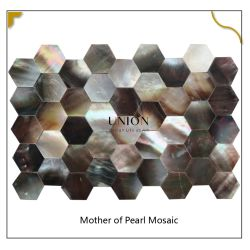 六角ブラックリップシーシェルモザイクキッチンウォールタイトジョイント 皮および棒真珠の飾るタイル
