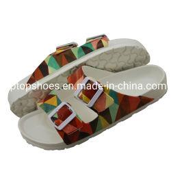 友好的な2つのバックルの方法標準的で柔らかい水になされる全くエヴァのスライドのサンダルの靴