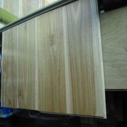 Vorgefertigter Hartholzboden Mit Punktmuster