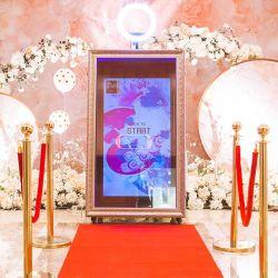 卸し売り基本的なPhotoboothのキオスクのシェルのタッチ画面のSelfie魔法ミラーの写真ブース