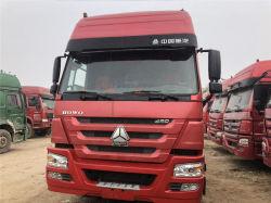 판매를 위한 팁 주는 사람 반 트레일러 HOWO CNG 트랙터 트럭 10 짐수레꾼 트럭을%s 가진 최고 420HP에 의하여 사용되는 CNG 트랙터 트럭
