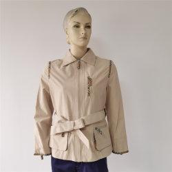 Мода леди в элегантном лампа Khaki короткое замыкание траншея пристегнуты слой персиковый цвет кожи куртка с коммутируемой сети