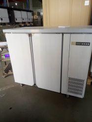 مبرد/مطبخ ببابين من الفولاذ المقاوم للصدأ تحت مبرد/مبرد طاولة