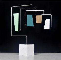 새로운 현대식 홈테이블 장식 금속 공예 대리석 장식품 모델 하우스