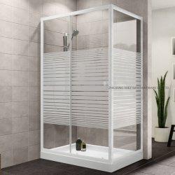 Square simple ducha de vidrio templado con franjas blancas