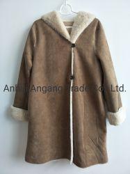 Cuoio della pelliccia di falsificazione della pelle scamosciata delle signore con il cappotto di pelliccia con il cappuccio