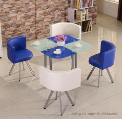غرفة طعام إيطالية تضع طاولة طعام ملونة تتسع لـ 4/6 أشخاص زجاج مقسّى أثاث فندق طاولة ذات مقاعد منخفضة