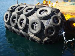 Tipo de Yokohama de goma botes neumáticos guardabarros parachoques de muelle flotante