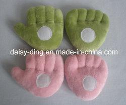 Pieds et mains en peluche pour bébés