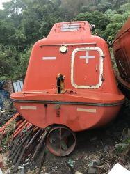 المعدات البحرية المستعملة قارب حياة مغلق بالكامل من الزجاج الليبيري