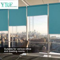 高品質の窓おおいは巻上げ式ブラインドを影で覆う