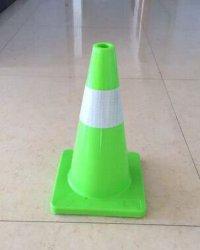 Sicurezza della carreggiata del cono di traffico del PVC delle attrezzature 70cm di sicurezza stradale