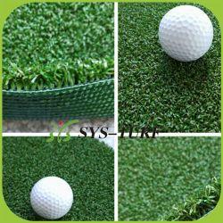 Il punto classico per il tappeto erboso artificiale dell'erba di verde mettente del campo di golf