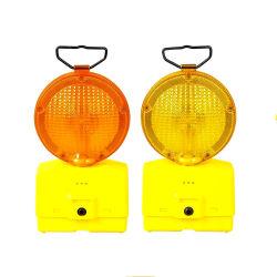 Blinkende LED-Solarleuchten Straßenverkehrssicherheit Verkehrswarnleuchte