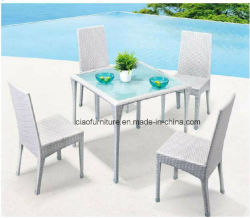 싼 등나무 가구 합성 옥외 위커 식당 테이블과 의자