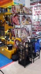 4 Tier Réglable 120kg Light Duty Boutique afficher sur le fil métal chromé Sheving étagère de rack