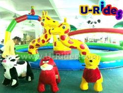 Randonnée à pied d'animaux pour les enfants avec un seul des parents