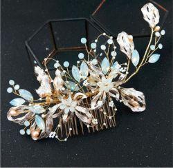 Женщин Headpiece устраивающих гребень для волос пресноводных Pearl Crystal устраивающих кусок волос украшения для свадебного танца стороны гребней