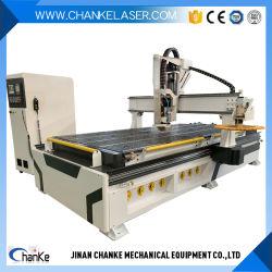 2020木金属のドアのための製粉CNC機械を切り分けるアクリルの彫版の切断は家具を制作する