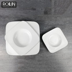 Commerce de gros blanc céramique plats en porcelaine assiette à soupe de beurre carré