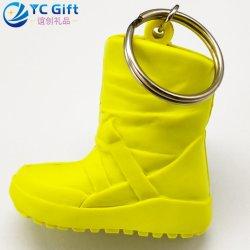 Commerce de gros 3D personnalisé Hipster chaussures en caoutchouc coloré de trousseau Fashion décoration personnalisée Cartoon Key Finder cadeau promotionnel Cool PVC avec la conception de jeu de clés