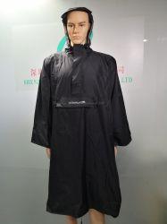 Rivestimento d'escursione riutilizzabile leggero del cappotto incappucciato del poncio impermeabile della pioggia per le attività esterne