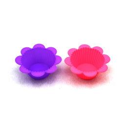 花の形のシリコーンのマフィンのカップケーキ型