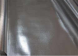 Perforierte Folien-leuchtende Sperre verstärkte Aluminiumfolie-gegenübergestellte gesponnene Gewebe-Aluminiumfolie-Isolierung