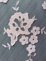 Venda por grosso de flores em 3D Manta de Tulle Bordados rendas