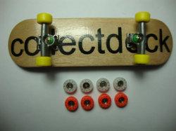 Mini-Canadees esdoorn-dek Finger Skateboard (B14201)