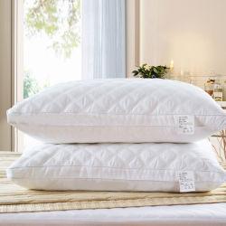 가정 호텔에 의하여 누비질되는 면 자기 침대 베개