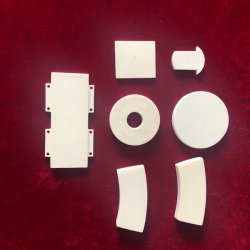 Alumina Ceramische Industriële slijtage-zichVerzettende tegen Plaat