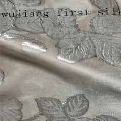 Lurex tissu de soie, soie mousseline de soie en métal. Tissu soie clip en métal