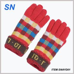 Commerce de gros de la mode hiver chaud funky en tricot jacquard gant en acrylique