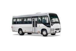 Nuovo minibus del sottobicchiere delle 130 sedi dell'HP 18 con il motore diesel dei Nissan
